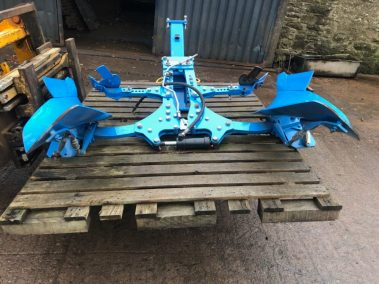 Lemken furrow , Hyd re set . Unused . Never been fitted