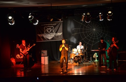 Com a Verbo Vitrola Motor Band no Ferstival Teia Cultural em Contagem/MG