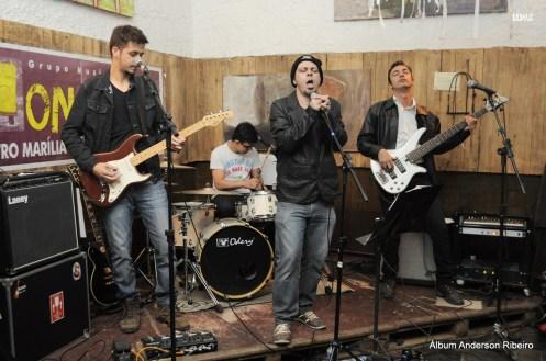 2014 - Verbo Vitrola Motor band no Mercado Mundo Mico em Macacos/MG