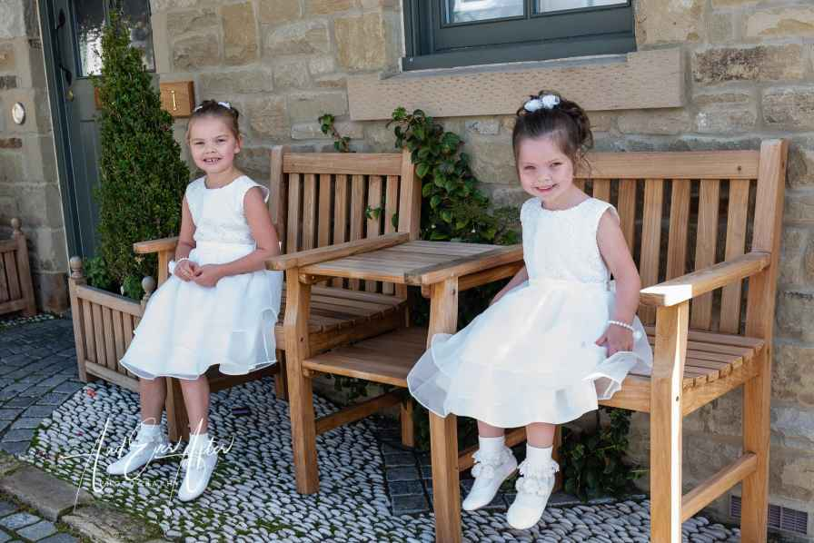 wedding day, flower girls