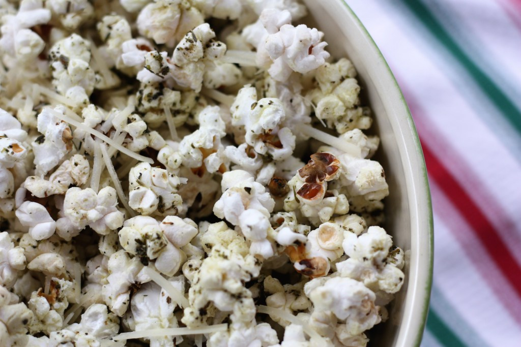 Easy Garlic Herb Parmesan Popcorn