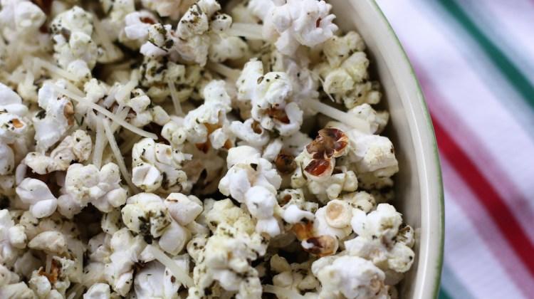 Easy Garlic Herb Parmesan Popcorn