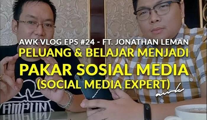 AWK Vlog Eps #24: Peluang Bisnis dan Belajar Menjadi Pakar Sosial Media (ft. Jonathan Leman)