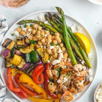 Mediterranean Grilled Shrimp and Vegetables (and the Perfect Summer Wine Pairing!)
