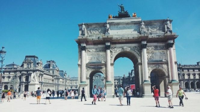 Arco Louvre Parigi