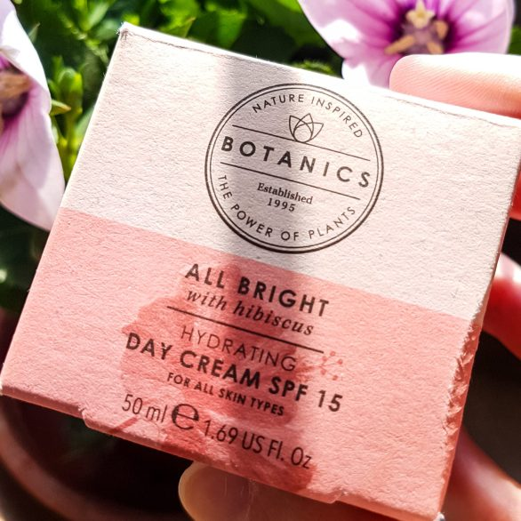 botanics uk all bright day cream package