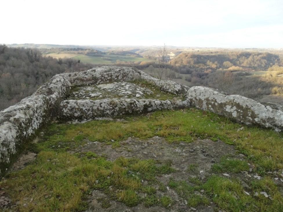 altare-rupestre-vitorchiano-4