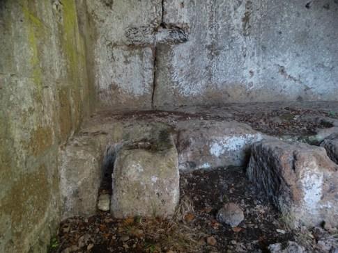chiesa-rupestre-san-silvestro-10