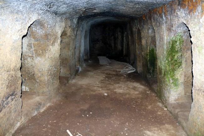 grotta-12-nicchie-bolsena-01