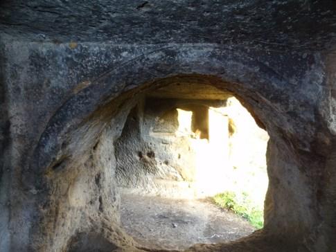tombe-ischia-di-castro-11