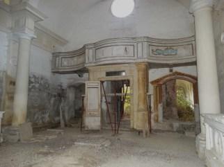 convento-abbandonato-37