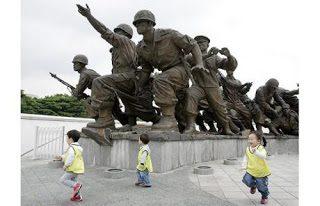 La sporca guerra di corea andrea carancini - La finestra di fronte andrea guerra ...