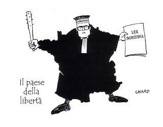 """""""Rivarol"""" contesta la costituzionalità della legge Gayssot"""