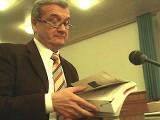 Wolfgang Frohlich denuncia i propri giudici