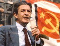 """Come il Pci imparò a convivere con la mafia: la segreteria """"arancione"""" di Berlinguer"""