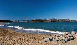 Мост Золотые Ворота (Golden Gate Bridge), перекинутый через залив Сан-Франциско.