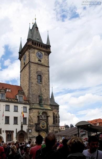 Староместская ратуша и часы Орлой.