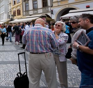 Туристы на Староместской площади.