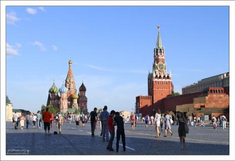 Туристы на Красной площади.