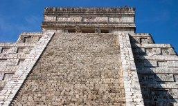 Верхняя часть Храма Кукулькана (El Castillo). Чичен-Ица.