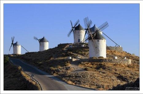 Ветряные мельницы образца сервантесовской эпохи.