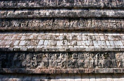 Орнаменты на одном из фасадов Храма Войнов (Templo de los Guerreros). Чичен-Ица.
