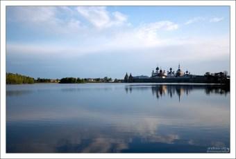 Гипнотизирующее Святое озеро.