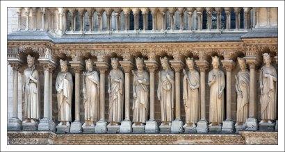 Фрагмент Галереи Королей с 28 статуями царей Иудеи и Израиля. Собор Парижской Богоматери.