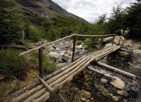 Деревянный мост через реку Ascencio.