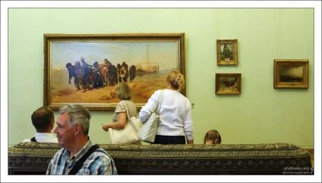Зал 33, где представлены картины И. Е. Репина. Государственный Русский музей.