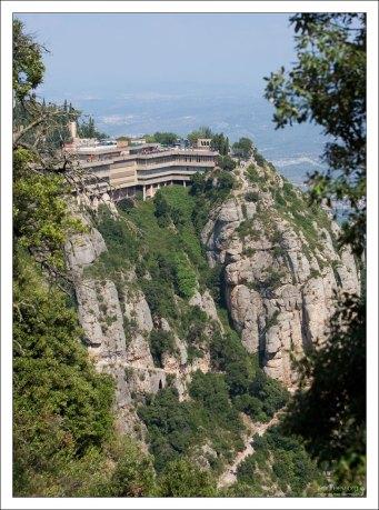 """Обзорная терраса """"Mirador del Montserrat""""."""