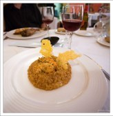 """Обед в ресторане отеля """"Hotel Abat Cisneros""""."""