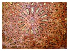 Деревянный наборный потолок во Дворце Комарес - официальной резиденции эмира.
