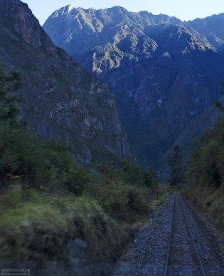 Железнодорожный путь в Мачу-Пикчу.