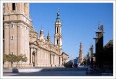 Кафедральный собор Богоматери Пилар (Catedral-Basílica de Nuestra Señora del Pilar) - визитная карточка города. Сарагоса, Испания.