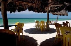 Пляжное кафе в Прогрессо.