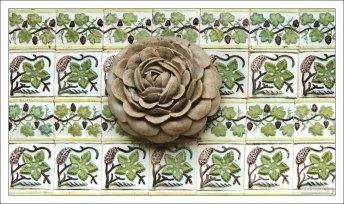 Лепнина на португальской плитке азулежу. Дворец Пена.