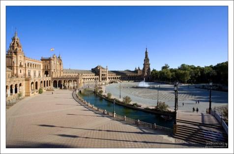 Панорамный вид на Площадь Испании (Plaza de España).