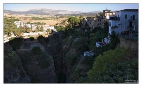 Поля на подступах к деревне. Ронда, Андалузия, Испания.
