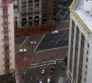 Дождливое утро в Сан-Франциско.
