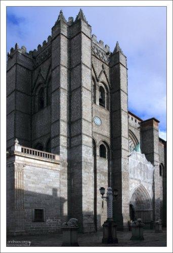 Авильский собор (The Cathedral of Ávila), 12-й век.