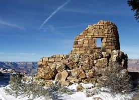 Постройки вокруг Смотровой Башни. Grand Canyon National Park.