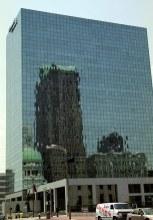 Зеркальный небоскреб. Деловой центр Сент-Луиса, Миссури.