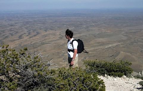 """На тропе """"Guadalupe Peak""""."""