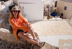 Оранжевая Катя на сине-белом острове :)