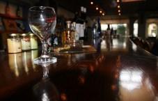 Барная стойка в винном музее.