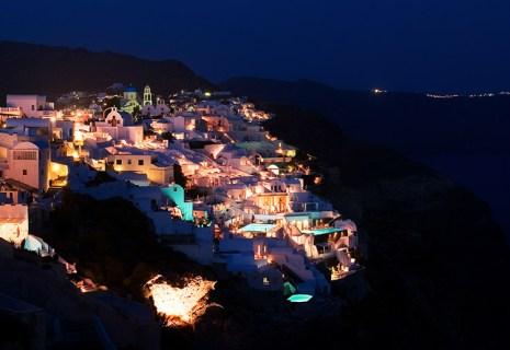 Ночные огни острова.