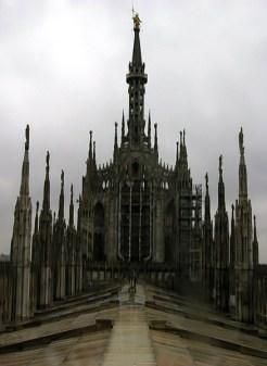 Готика под дождем. Миланский Duomo.
