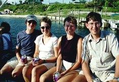 """Яхта """"Black beard"""". Сергей, Оля, Катя, Илья. Destin, Florida. Сентябрь, 2000 год."""