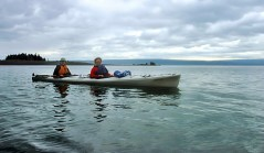 В двойном морском каяке по водам залива Качемак.